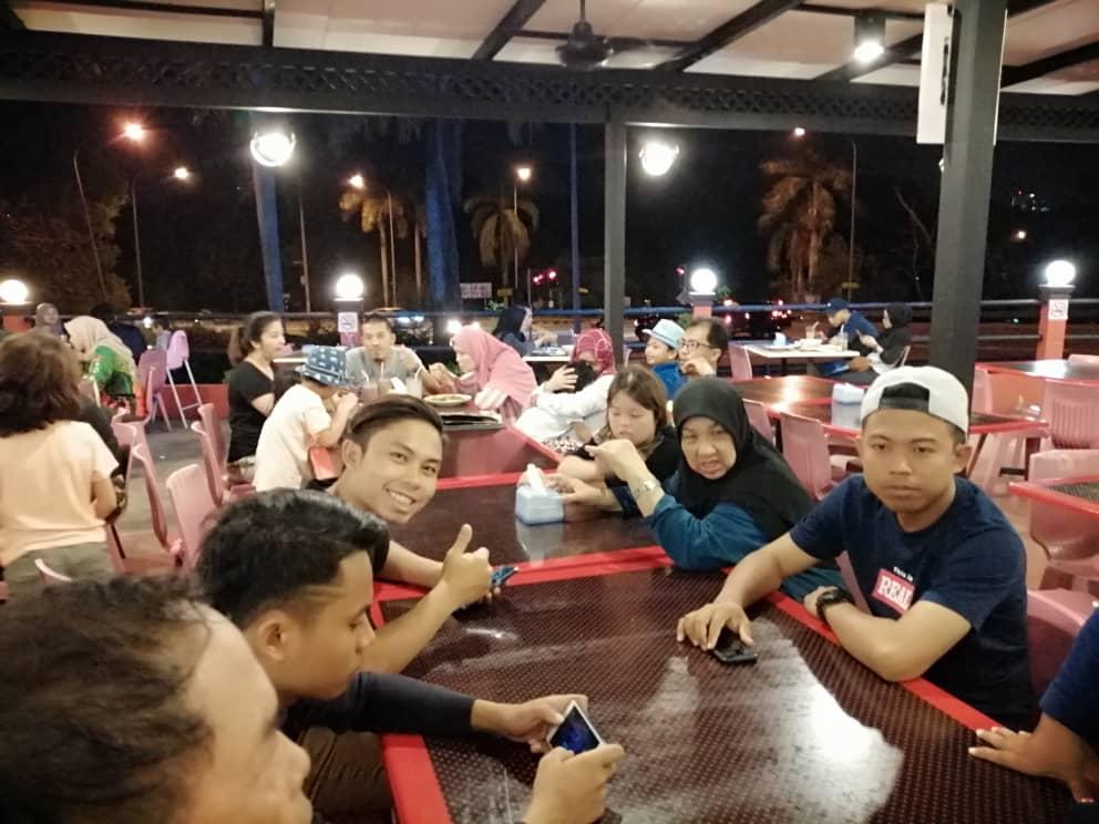 Restoran rayyan di Kempas Johor